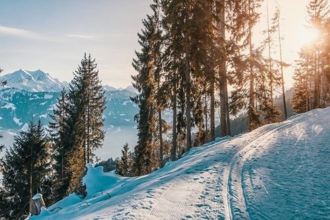 mountains-sunset-sun-abendstimmung-light-winter-2098408-e1531779226931.jpg