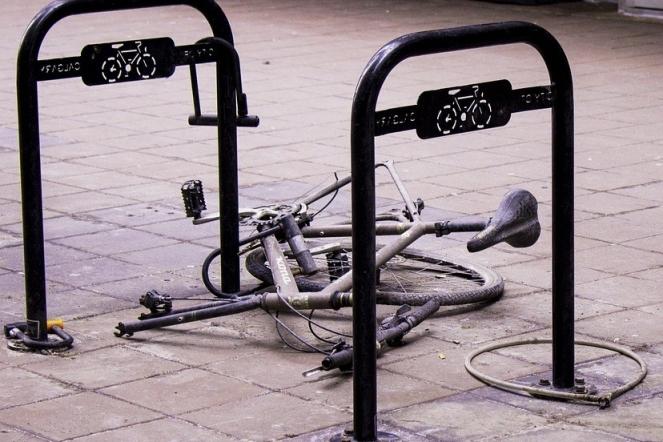 Cycle Repair Biking Broken Bike Bicycle Wheel